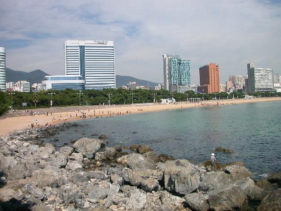 Haeundae Beach: 岩場