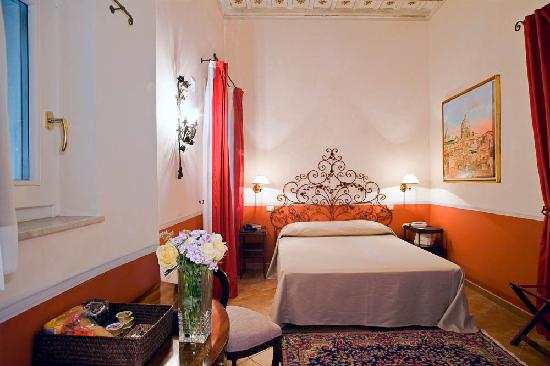 La Papessa: DOUBLE ROOM