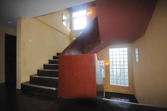 PP Insula: no crampy stair