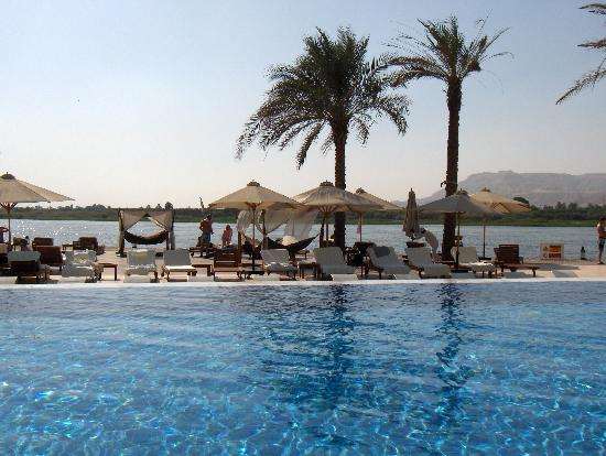 Hilton Luxor Resort & Spa: Infinity Pool
