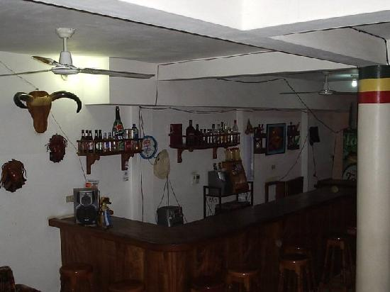 Hotel El Costeno: Bar
