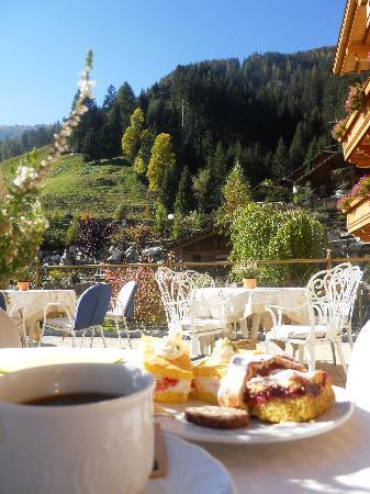 Hotel Quelle Nature Spa Resort : quelle spa resort: dal buffet del pomeriggio!