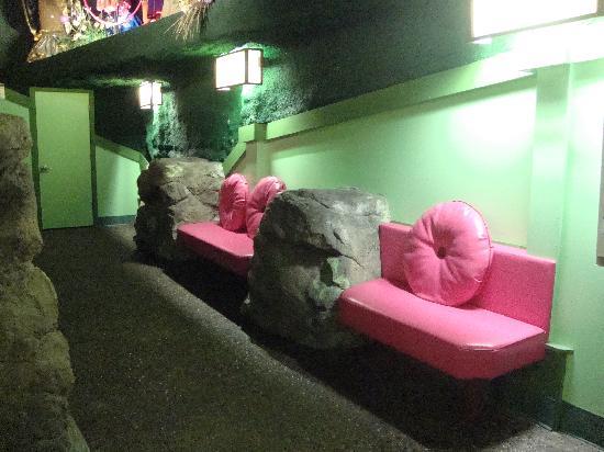 House on the Rock: Womens bathroom