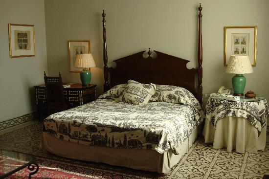 Hotel Albergo: room