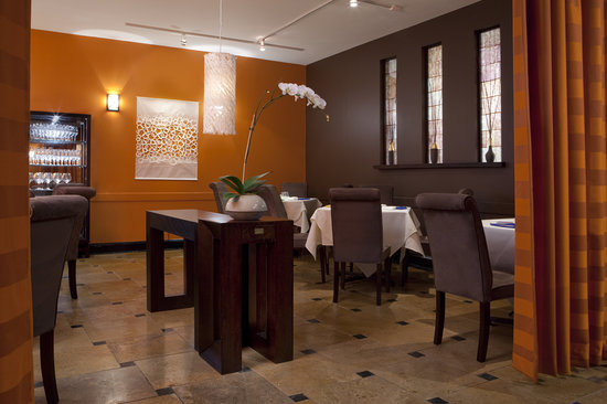 Picture of Baume's dining room