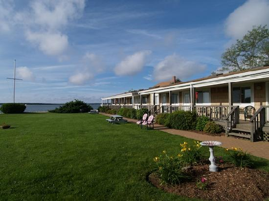 Jamesport Bay Suites : caption