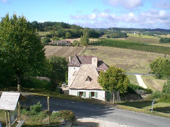 Pre de l'Aubier B&B: Looking towards Pre de l'aubier from Puy St Guilleme