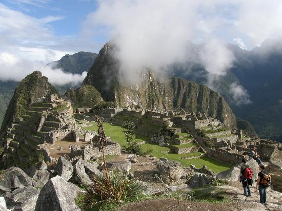 Machu Picchu, Pérou : Morgendlicher Blich auf die Anlage