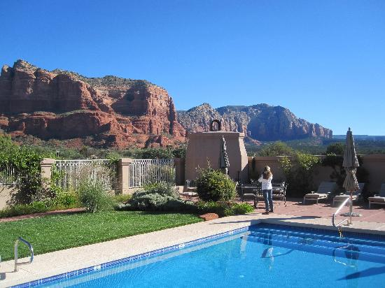 Canyon Villa Bed and Breakfast Inn of Sedona: Canyon Villa Pool and Incredible View
