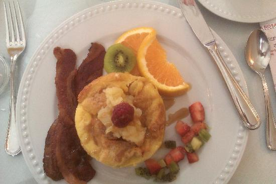 Arbor Guest House : Pineapple french toast