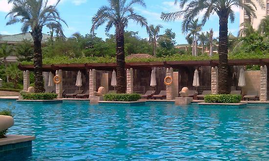 Howard Johnson Resort Sanya Bay: main pool 2