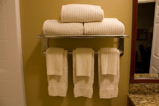 Candlewood Suites Santa Maria: Towels