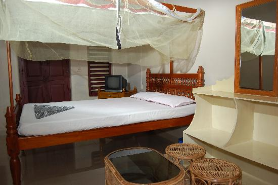 Ashtamudi Homestay: Double Bed Room