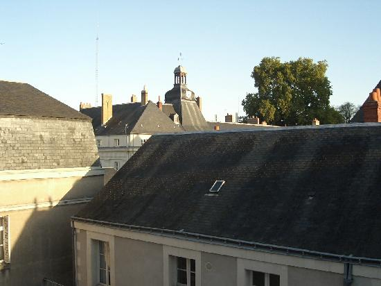 Hotel Des Arts: View from the window of my room