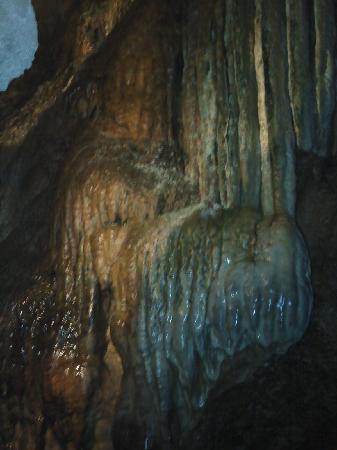 Linville Caverns: Cool formations.