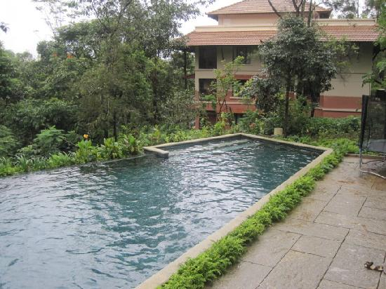 Swimming pool picture of club mahindra madikeri coorg - Resorts in madikeri with swimming pool ...
