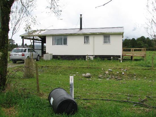 Perivale Farm Cottage : Perivale Cottage