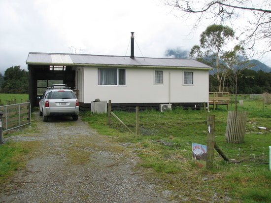 Photo of Perivale Farm Cottage Franz Josef