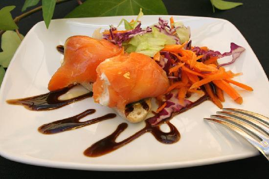 Restaurante Tabanco: TAPITA DE SALMON
