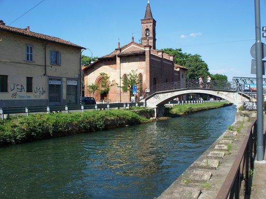 Ripa Di Porta Ticinesenaviglio Grande Bilde Av Chiesa Di