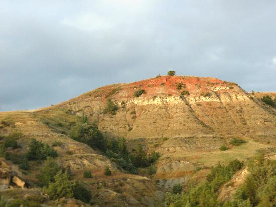 Theodore Roosevelt National Park: Colorful scenery