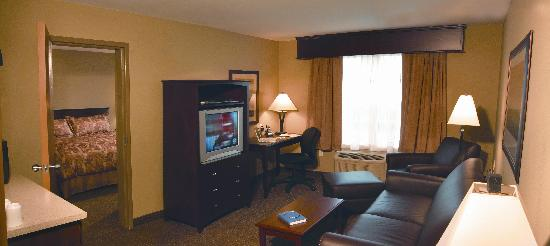 Best Western Plus Woodstock Hotel & Conference Centre: One Bedroom suites available, in many varieties to suite the needs of every traveler