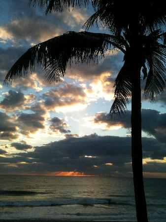 Highland Beach, FL: The view at sunrise