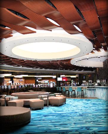 Wind Creek Casino & Hotel, Atmore: Center Bar