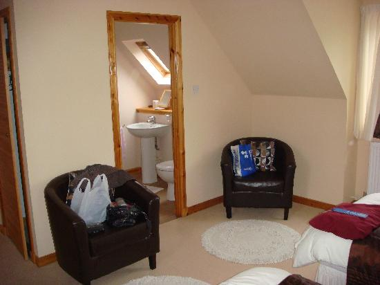 Donan House: View of the bathroom.