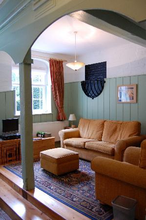Brackenborough Hall Coach House Holidays: Saddle Apartment