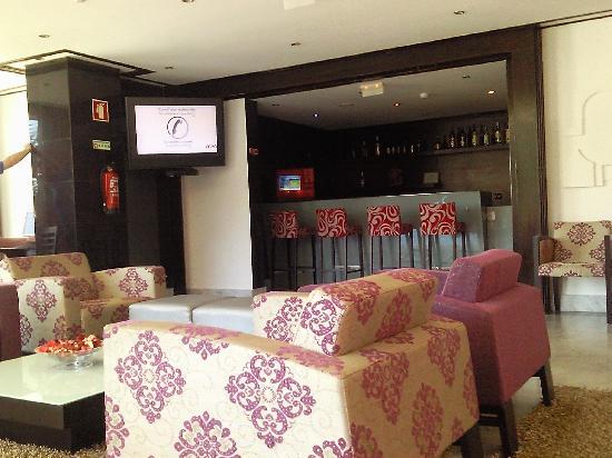 Hotel Topázio : reception