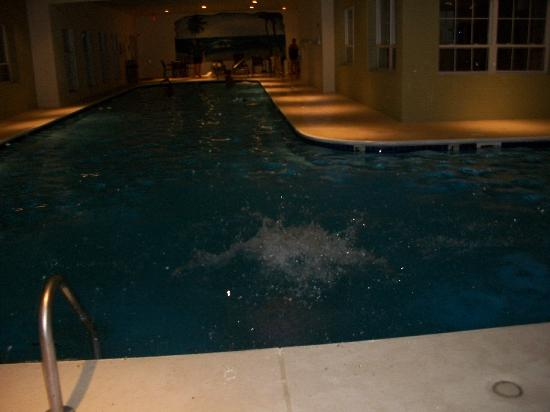 ذا سويتس آت فول كريك باي دياموند ريزورتس: Huge indoor pool room
