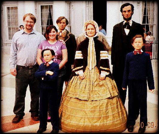 Savi Joe And The Lincoln Family In Wax Lol Picture Of