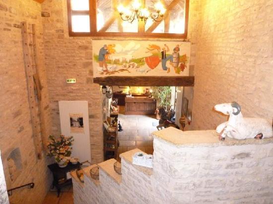 Hôtel Auberge de la Beursaudière : Reception view 2