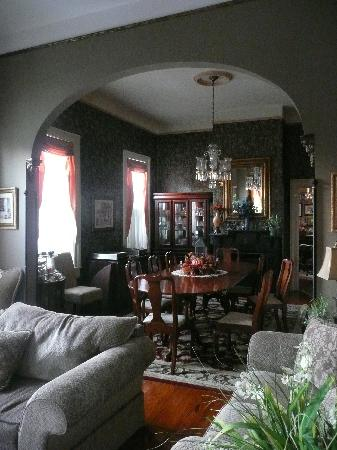 Roussell's Garden: Dining Room