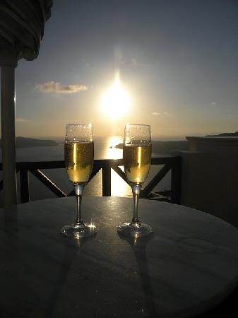 Anastasis Apartments: Champagne and Junio Suite Balcony View