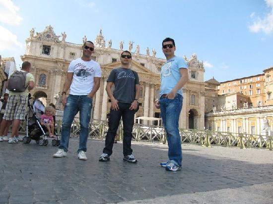 Bed & Breakfast Angolo Romano : Walbenir, Ivandro e Cleriston em Roma