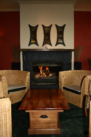 Elegance at 148 on Elles: Relax in the Bar by the Fire