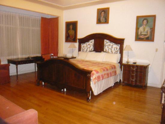 Hotel Casa Gonzalez: Suite #129