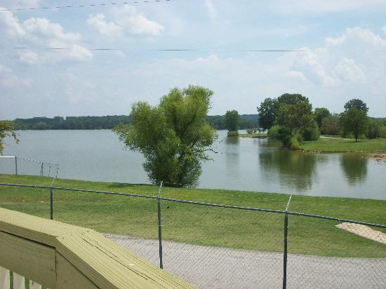 Nashville Shores Lakeside Resort: Lake view