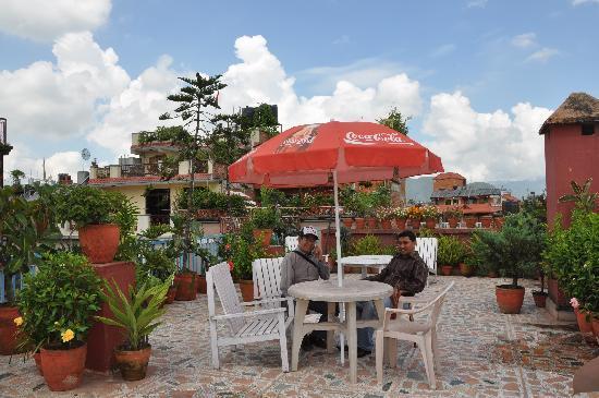 Khangsar Guest House: roof garden
