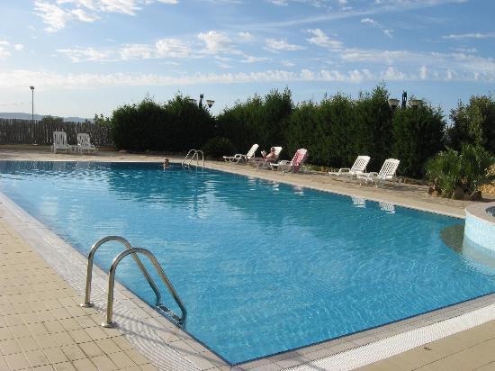 Hotel Punta Giara : The pool