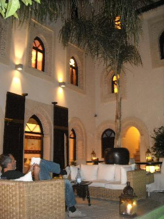 Riad Kheirredine: la sera al riad