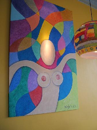 GITANO Restaurant & Love : quirky artwork