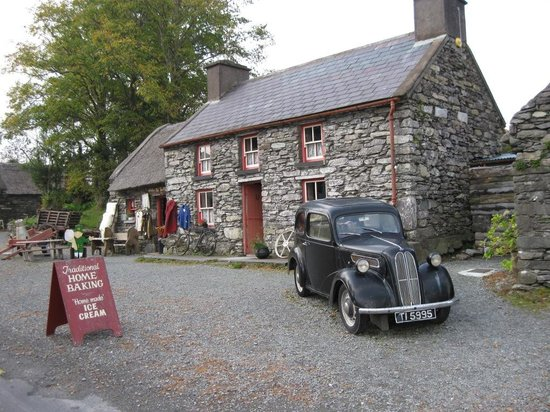 Kenmare, Ireland: Love the Austin