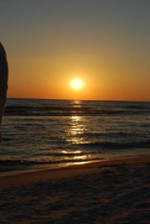 The Sandpiper Beacon Beach Resort: The best sunset there is!!