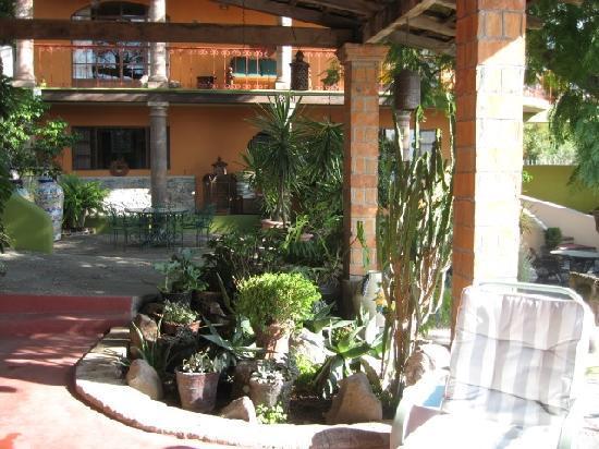 Casa Cordelli Villas: back porch