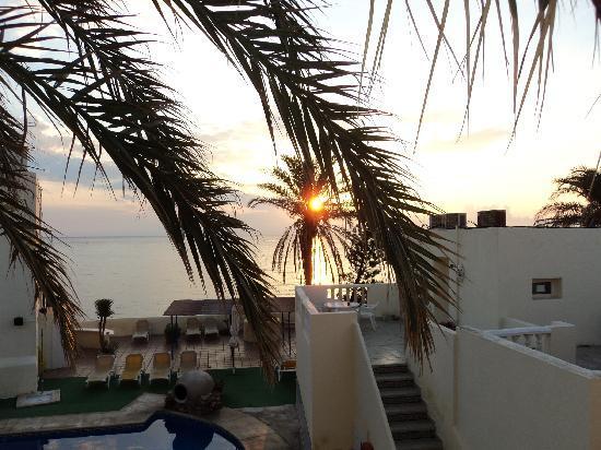 Hotel El Dorado : amanecer