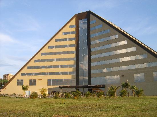 Eurobuilding Hotel & Suites Guayana: Vue arrière