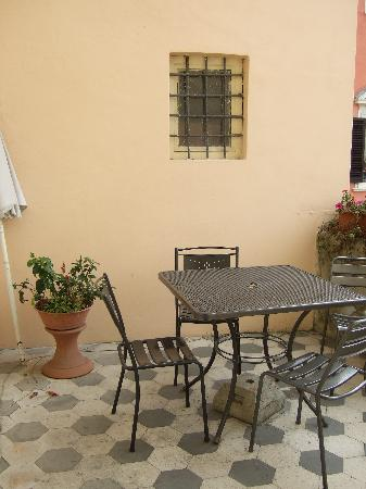 Bed & Breakfast Lucca in Centro: Our balcony